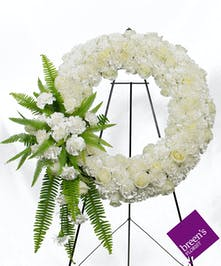 Pure White Beauty Wreath